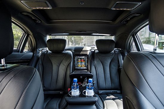 limousine-service-in